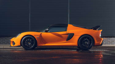 Lotus Exige Final Edition - side
