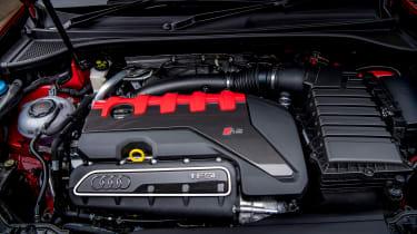 Audi RS Q3 - engine
