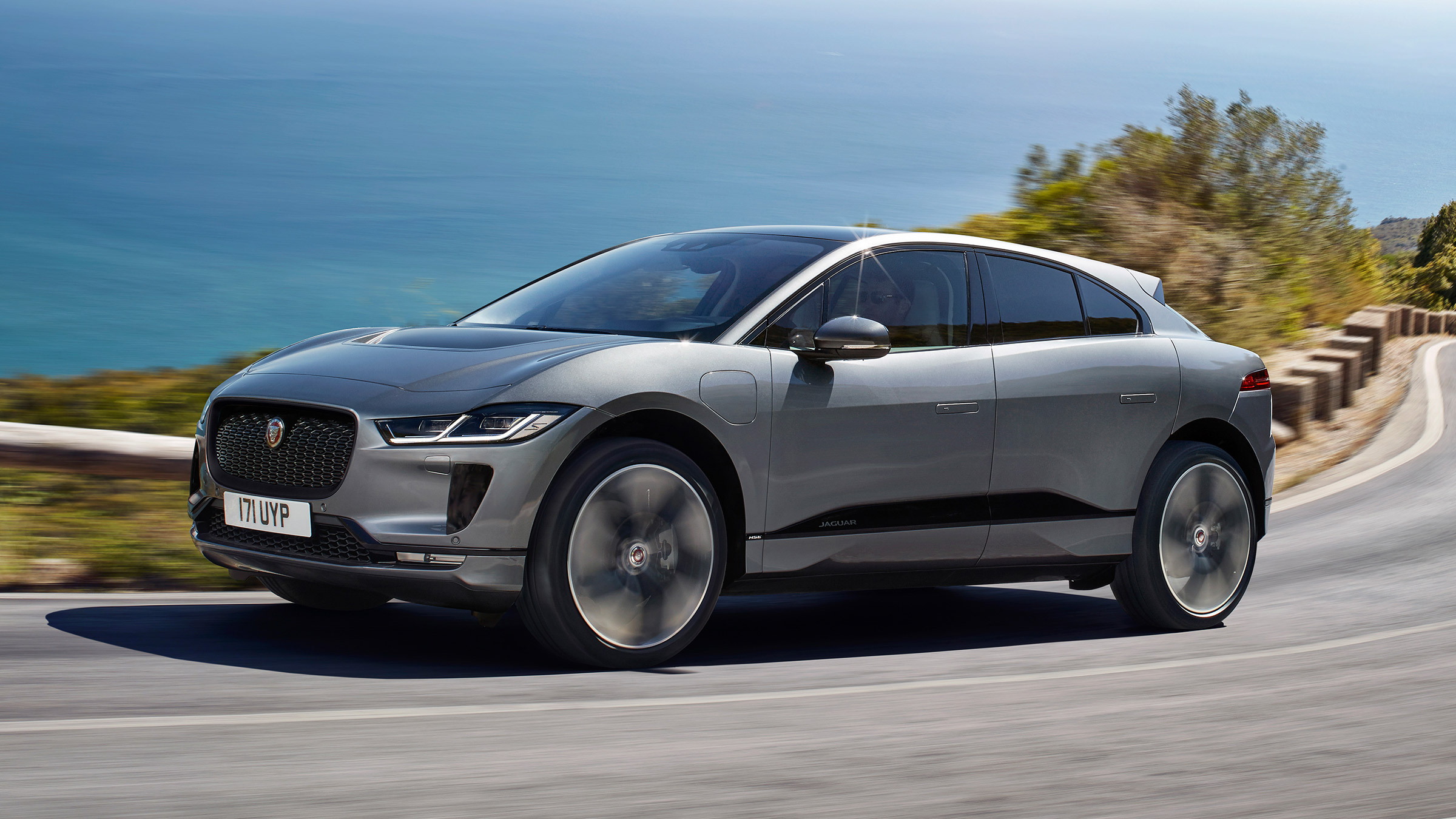 New 2020 Jaguar I-Pace updates add quicker charging and more tech ...