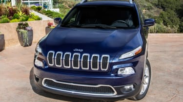 2014 Jeep Cherokee front static house