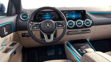Mercedes GLA - steering wheel
