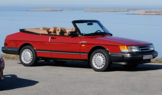 Top 10 Future Classics - Saab 900 Cabriolet