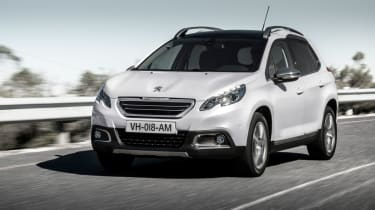 Peugeot 2008 front tracking