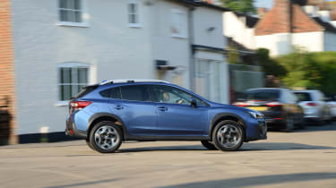 Subaru XV - side action