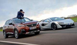 3008 minutes in a Peugeot 3008 - header
