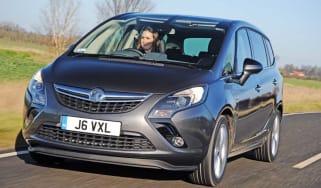 Vauxhall Zafira Tourer Elite front tracking
