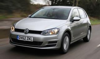 Volkswagen Golf front tracking
