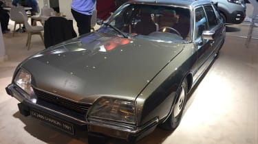 Citroen CX 2400 front - Retromobile