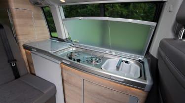 Volkswagen California T6.1 - sink