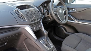 Used Vauxhall Zafira Tourer - dash
