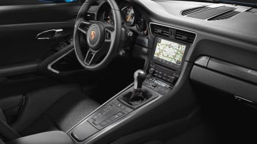 Porsche 911 GT3 Touring Frankfurt cabin