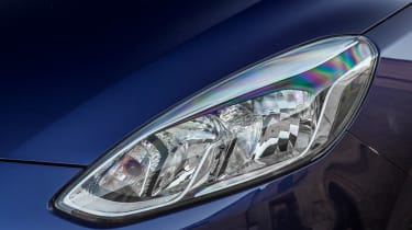 Ford Fiesta ST-Line - front light detail