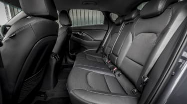 Hyundai i30 Fastback - back seats