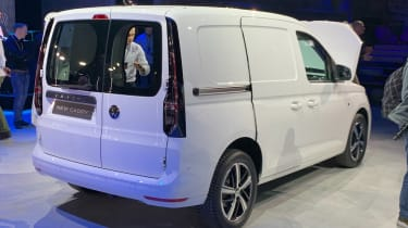 VW Caddy - white rear reveal