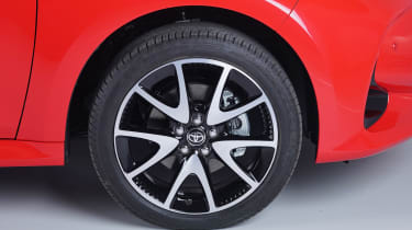 Toyota Yaris - wheel studio