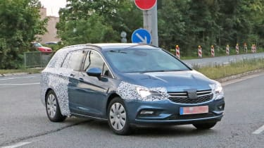 2016 Vauxhall Astra Sports Tourer front side