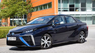 Toyota Mirai - front/side 2