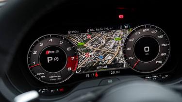 Audi RS 3 - dials