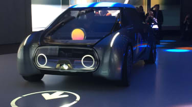 MINI Vision Next 100 concept - reveal front 4