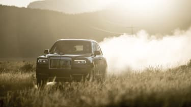 Rolls-Royce Cullinan front off-road