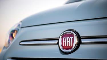 Fiat 500 Mild Hybrid - Fiat badge