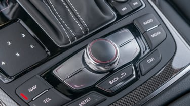 Audi S6 saloon 2014 buttons