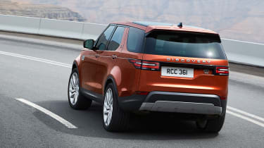 Land Rover Discovery 2017 - official road cornering 2