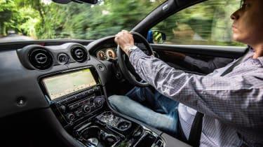 Jaguar XJR 575 interior