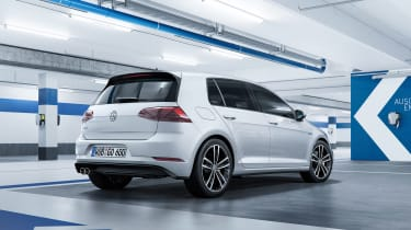 New 2017 Volkswagen Golf GTE - rear