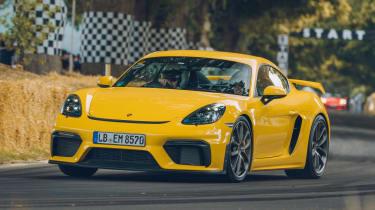 Porsche 718 Cayman GT4 - front action