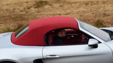New Porsche 718 Boxster 2016 - roof closing 3