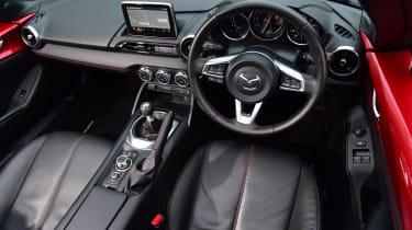 Mazda MX-5 BBR - dash