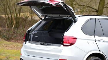BMW X5 xDrive40e hybrid - boot