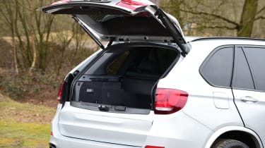 BMW X5 xDrive40e hybrid - boot