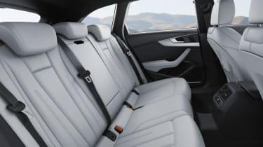 Audi S4 Avant 2016 - rear seats