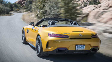 Mercedes-AMG GT C Roadster 2017 - rear tracking