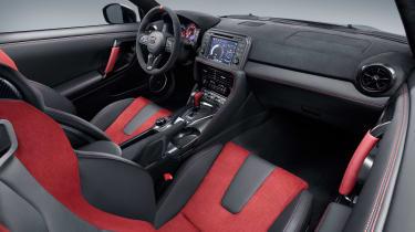 Nissan GT-R NISMO - cabin