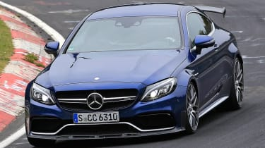Mercedes-AMG C 63 R - spy shot track cornering