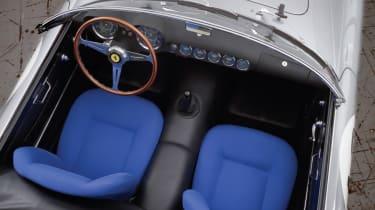 Ferrari 250 GT LWB California Spider Competizione - seats