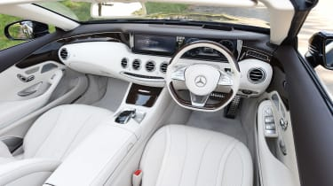 Convertible megatest - Mercedes S 500 Convertible - interior
