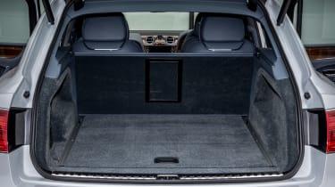 Bentley Bentayga Diesel - Ice white 2017 boot space