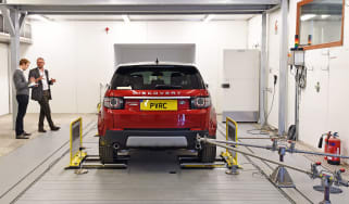 Emissions and efficiency testing rolling road