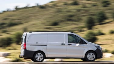 Mercedes Vito van 2015 - profile
