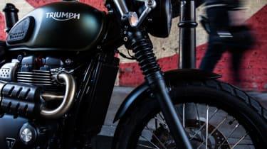 Triumph Street Scrambler review - front suspension