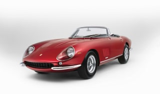 Ferrari 275 GTS/4 NART Spider - front three quarter