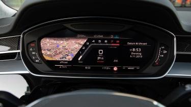 Audi S8 - dials