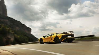 Lamborghini Aventador SV 2015 - rear end
