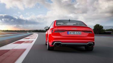 Audi RS5 rear track