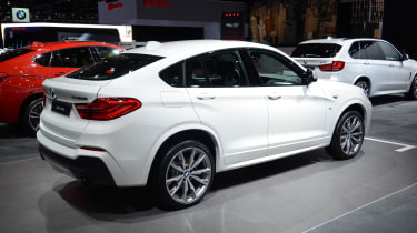 BMW X4 M40i - rear quarter show