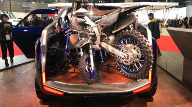 Yamaha Cross Hub Concept - Tokyo full rear